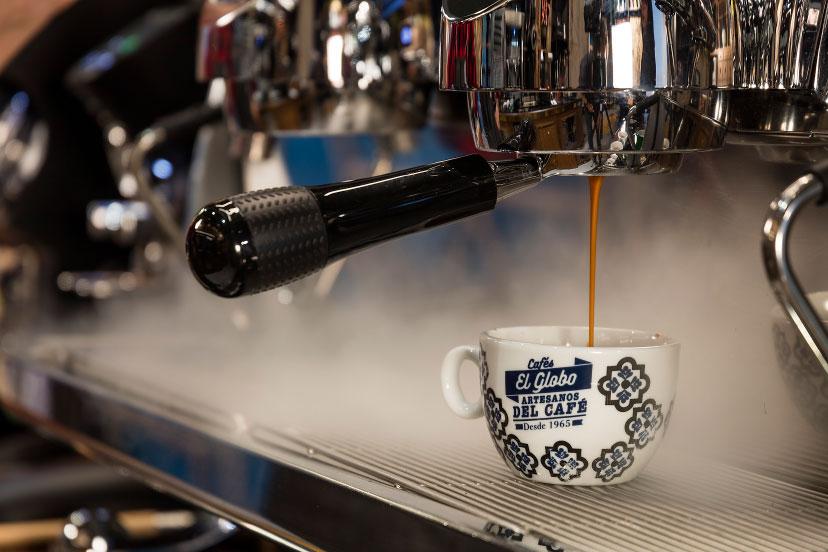 Cafés el Globo. Branding. Fotografía Cafetera