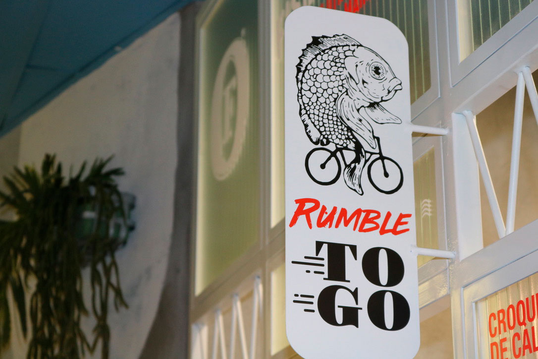 Rumble fish & Chips. Interiorismo. Rotulacion Rumble to Go